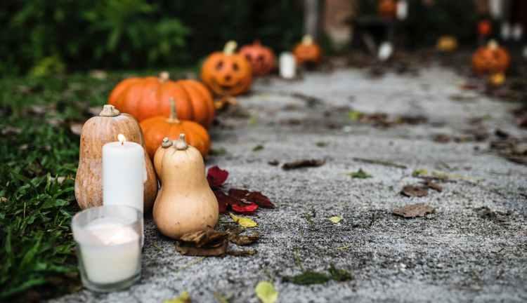 pumpkins outdoor decor